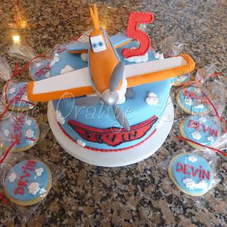 Dusty Planes Cake and Cookies