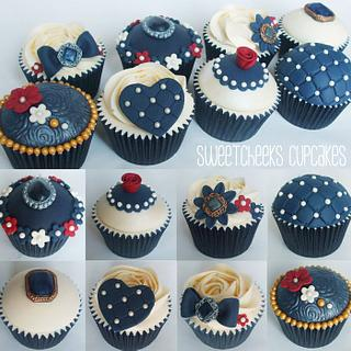 Vintage Navy Blue Wedding Cupcakes