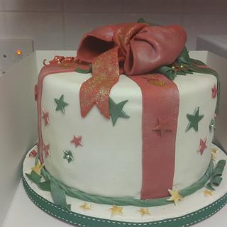 xmas present cake