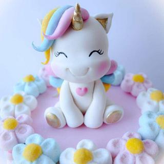 Marshmallow unicorn cake  - Cake by Angela Cassano