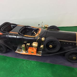 Vintage Rolls Royce Car (80cms long)  - Cake by Cake Cre8 by Debbi-Lee