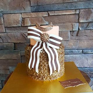 Bow Cake - Cake by Mora Cakes&More