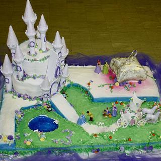Olivia is 3!! Cinderella Cake.