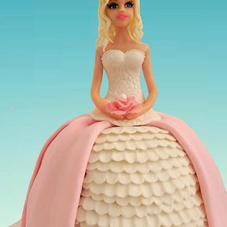 Princess cake (hand modelling)