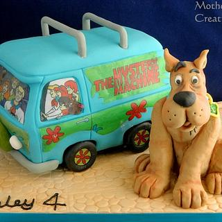 Scooby and the Mystery Machine - Cake by Mother and Me Creative Cakes