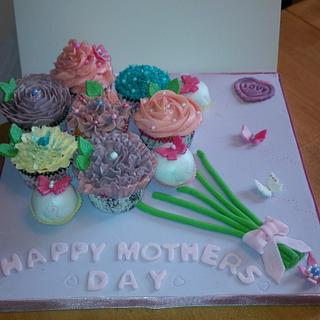 Mothers Day Bouquet - Cake by Little C's Celebration Cakes