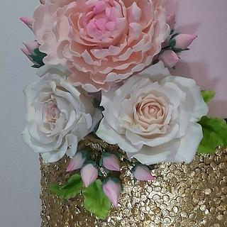 Sweet 16 - Cake by Couture cakes by Olga
