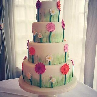 A pretty little wedding cake for a perfect summers day x