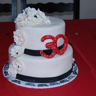 30th Birthday - Cake by CakesbyMayra