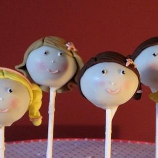 girls cake pops