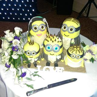 The minion bridal party