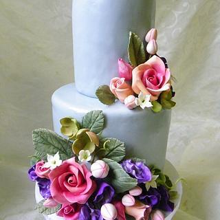 Petite Wedding Cake with sugar flowers