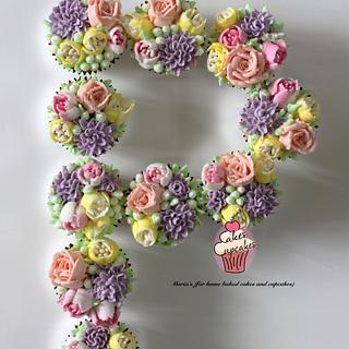 Floral cupcakes - Cake by Maria's
