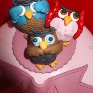 3 wise owls cake