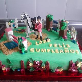 CAKE HORSE AND RIDER