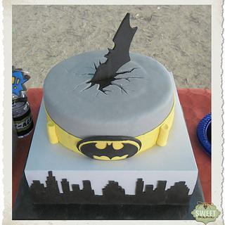 Batman - Cake by sweetmania