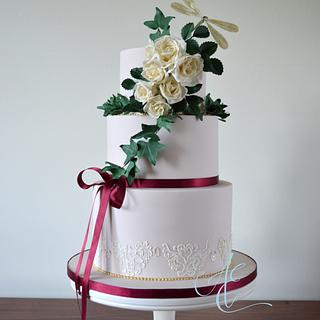 Suzanne - Cake by Amanda Earl Cake Design
