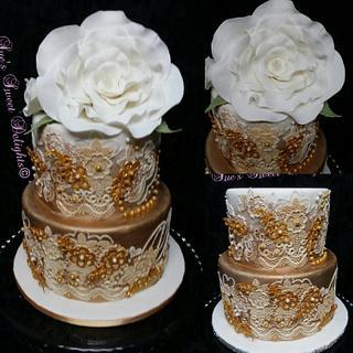 Gold on White Elegant Wedding cake