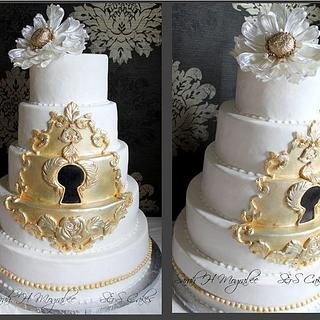 keyhole cake