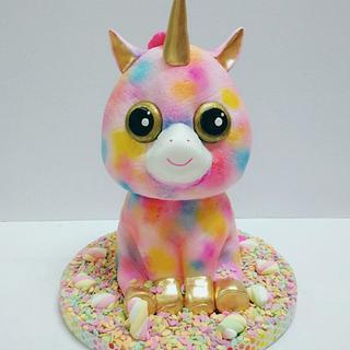 Fantasia Beanie Boo cake