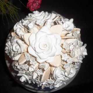 Black and Red Ribbon Cake with White Rose Bouquet