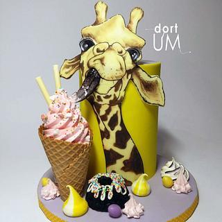 Giraffe... sweet lover
