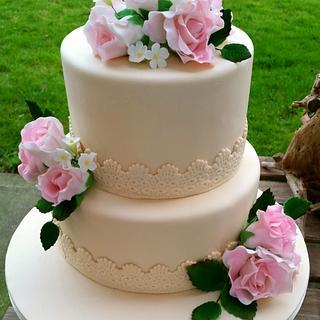 Soft Pink Roses Wedding Cake