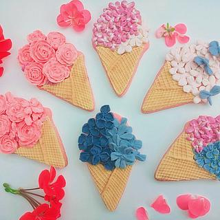 Flowery ice cream cones  - Cake by Cookies by Joss