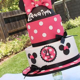 Hot Pink Minnie Cake for Zanaiya!