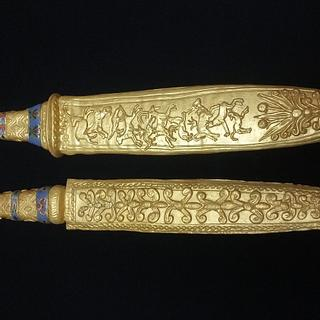 Gold daggers of King Tutenkhamun