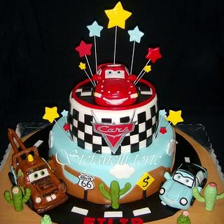 Lightning Mcqueen and friends cake
