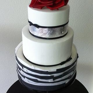 Silver leaf & red rose cake