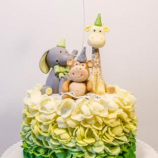 Ombre cake with animals