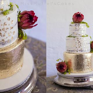Gold Leaf Glam Wedding Cake