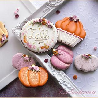 Pumpkins and roses cookies