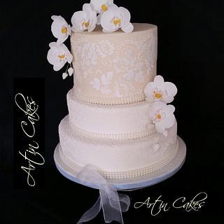 Phalaenopsis and lace cake