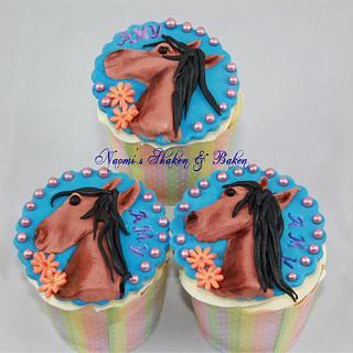 For the Horse lovers.. - Cake by Naomi's Shaken & Baken