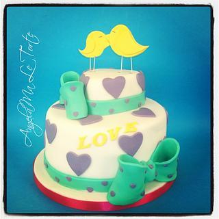 bird in love cake