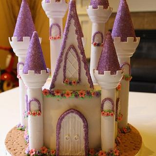 Castle cake - Cake by Reni Hendra