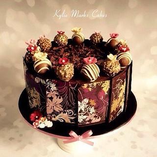 Pretty chocolate transfer cake