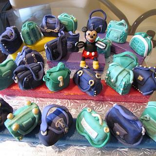 Small cake purses