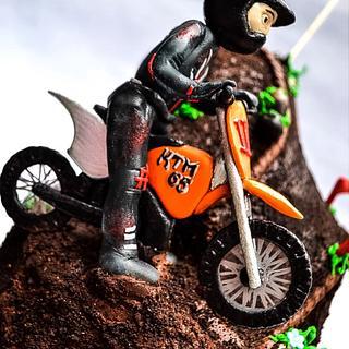 Biker cake for a boy