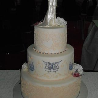 wedding cake royal icing