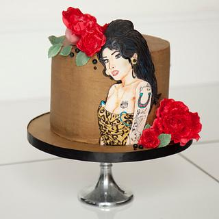 Amy Winehouse Cake (better photo)