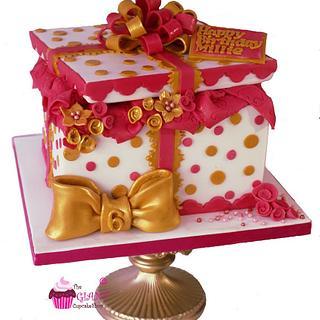 Gift Box Cake - Cake by Amelia Rose Cake Studio