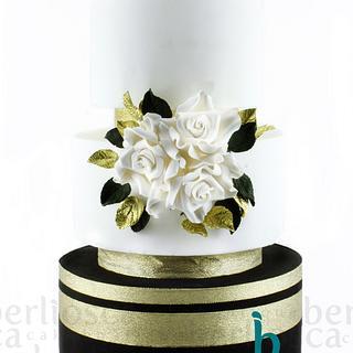 White Roses & Gold Leaves Wedding Cake
