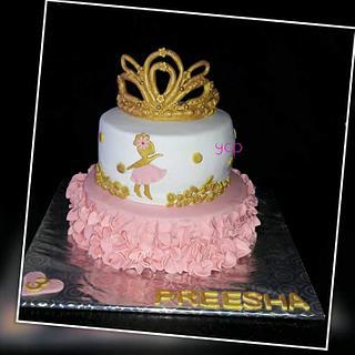 Princess Crown cake - Cake by yummiezcakespoint