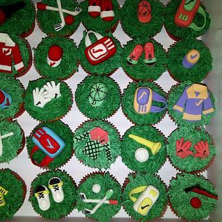 Cupcakes - Golf Theme - Cake by Lisag
