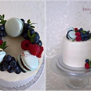 Drip creame cake
