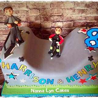 Scooter park - Cake by Nanna Lyn Cakes